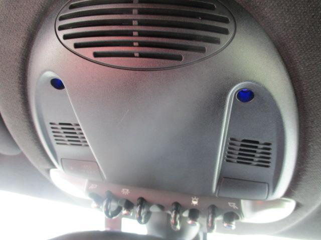 クーパーS クロスオーバー ターボ 白黒ツートン 純正18アルミ リアスポ HID フォグ 赤シートカバー HDDナビTVBモニETC パドルシフト キーレスX2 プッシュスタート ドライブレコーダー レーダー 保証付(77枚目)