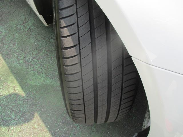 320iラグジュアリー D車 ターボ 1オーナー 走行45930キロ 17アルミ リアスモーク LEDライト フォグ 黒革シート パワーシート&シートヒーター クルコン HDDナビBモニETC アイドリングストップ 保証付(8枚目)