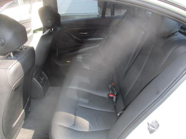 320iラグジュアリー D車 ターボ 1オーナー 走行45930キロ 17アルミ リアスモーク LEDライト フォグ 黒革シート パワーシート&シートヒーター クルコン HDDナビBモニETC アイドリングストップ 保証付(53枚目)