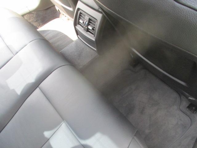 320iラグジュアリー D車 ターボ 1オーナー 走行45930キロ 17アルミ リアスモーク LEDライト フォグ 黒革シート パワーシート&シートヒーター クルコン HDDナビBモニETC アイドリングストップ 保証付(56枚目)