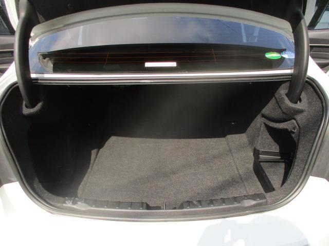 320iラグジュアリー D車 ターボ 1オーナー 走行45930キロ 17アルミ リアスモーク LEDライト フォグ 黒革シート パワーシート&シートヒーター クルコン HDDナビBモニETC アイドリングストップ 保証付(58枚目)