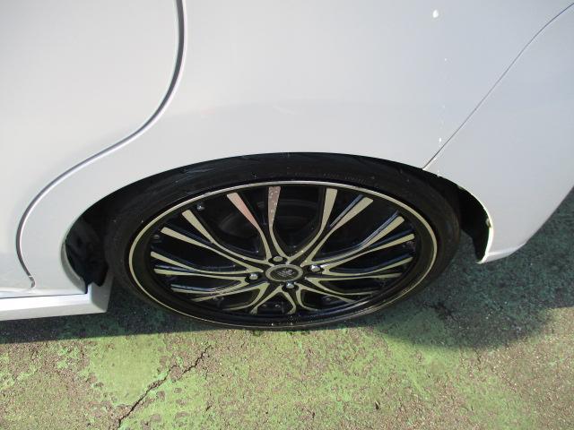 カスタム X SA 1オーナー エアロ リアスポ TEIN車高調 ロクサーニ17アルミ 4灯HID ウインカーミラー HDDナビフルセグBモニETC スマートキープッシュスタート アイドリングストップリアスモーク 保証付(3枚目)