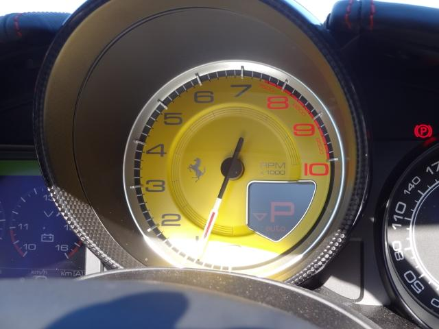 フェラーリ フェラーリ カリフォルニアT カーボンインテリア LEDハンドル クロームグリル