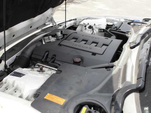 ジャガー ジャガー XKクーペ 左ハンドル 20インチAW 黒革シート