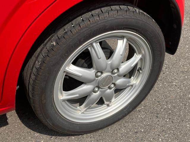 X 衝突被害軽減ブレーキ ドライブレコーダー 運転席シートヒーター スマートキー プッシュスタート 15インチアルミ アイドリングストップ スタッドレス4本付き(16枚目)