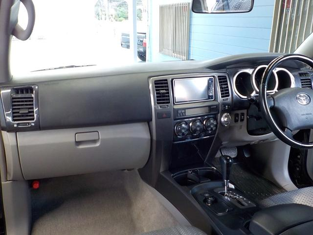 ☆この年代のトヨタ車によくあるダッシュボードのワレもなくいい状態が保たれております♪
