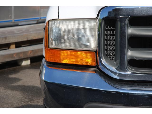 フォード フォード F-350 SuperDuty 新車並行車 4WD クルーキャブ