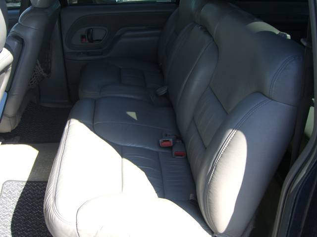 シボレー シボレー サバーバン LT レザー フルオリジナル 4WD 1ナンバー登録OK