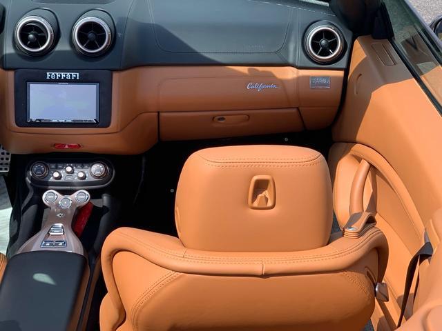 「フェラーリ」「フェラーリ カリフォルニア」「オープンカー」「愛知県」の中古車26