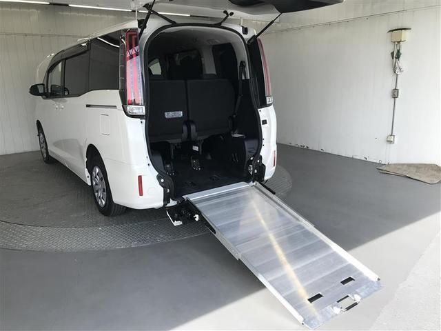 X スロープタイプ 衝突被害軽減システム 電動スライドドア LEDヘッドランプ 乗車定員7人 3列シート ワンオーナー アイドリングストップ(6枚目)