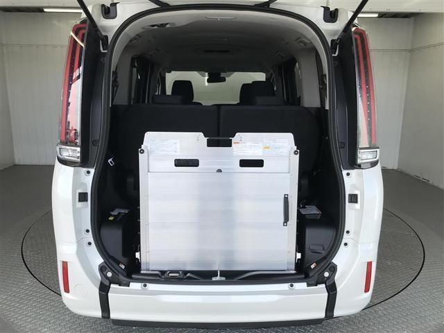 X スロープタイプ 衝突被害軽減システム 電動スライドドア LEDヘッドランプ 乗車定員7人 3列シート ワンオーナー アイドリングストップ(17枚目)