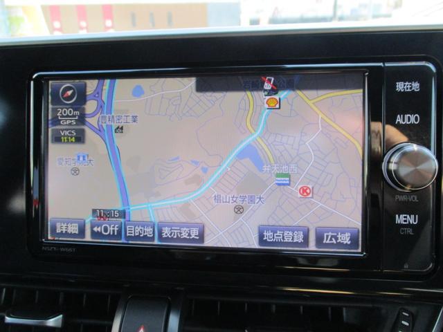 純正のSDナビ付きの車両になります☆フルセグ放送の視聴もできお気に入りの音楽をBluetooth機能を使い再生することもできますよ♪