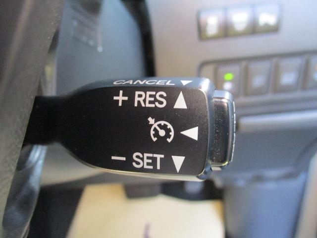 ステアリングスイッチでオーディオ操作が可能です!