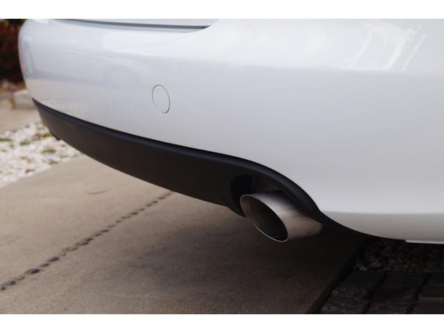 輸入車専任の熟練したメカニックが大切にご納車整備をさせて頂きます。お客様にご満足・ご納得し、お乗り頂く為に追及を続けていきます。
