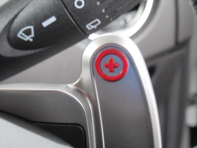コンペティツィオーネ ディーラー車 右ハンドル メモリーナビ キーレス クリアランスソナー バックモニター パドルシフト Bluetoothオーディオ 純正AW オートAC(9枚目)