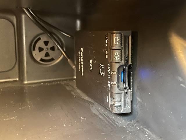 クーパーD 純正HDDナビ Bluetooth USB/AUX端子 ETC車載器 LEDヘッド プッシュスタート オートエアコン 禁煙車 純正アルミ アイドリングストップ(7枚目)