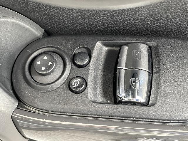 クーパーD 純正HDDナビ ビルシュタイン車高調 RAYS18アルミ バックカメラ リアコーナーセンサー 1オーナー 禁煙車 コンフォートアクセス LEDヘッド ETC車載器 オートライト オートエアコン(38枚目)
