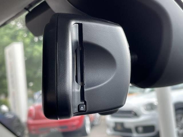 アイスブルーブラックエディション 380台限定車 6MT 純正ナビ インテリジェントセイフ バックカメラ 追従クルーズコントロール パーキングサポート 禁煙車 1オーナー LEDライト コンフォートアクセス(10枚目)