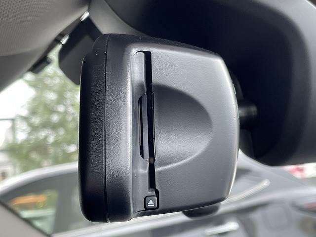 クーパーD クロスオーバー 純正HDDナビ フルセグTV バックカメラ 電動トランクドア 1オーナー 禁煙車 インテリジェントセイフティー Bluetooth リアセンサー コンフォートアクセス LEDヘッド ルーフレール(9枚目)