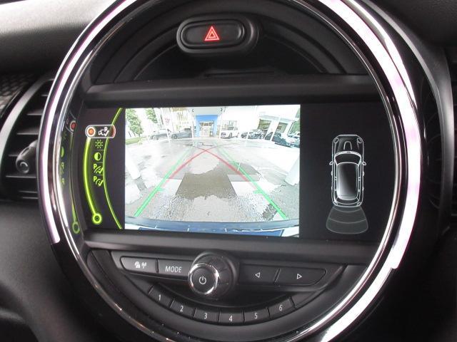 クーパーS 純正ナビ バックカメラ ETC アームレスト オートライト スマートキー レインセンサー 純正AW LEDヘッド(5枚目)