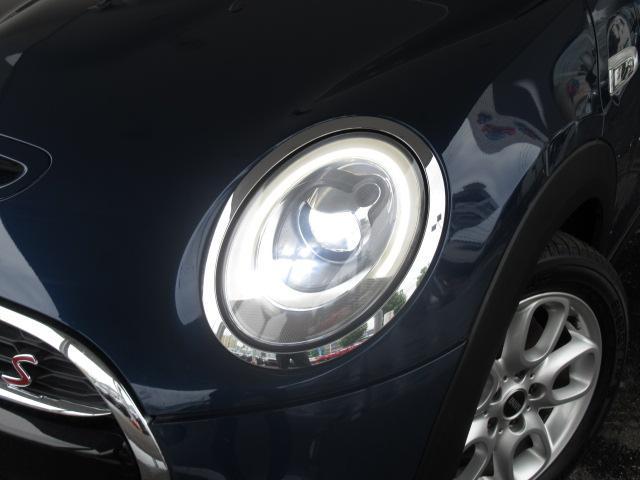 クーパーS 純正ナビ バックカメラ ETC アームレスト オートライト スマートキー レインセンサー 純正AW LEDヘッド(22枚目)