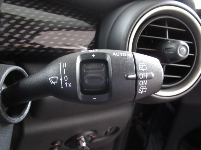 クーパーS 純正ナビ バックカメラ ETC アームレスト オートライト スマートキー レインセンサー 純正AW LEDヘッド(29枚目)