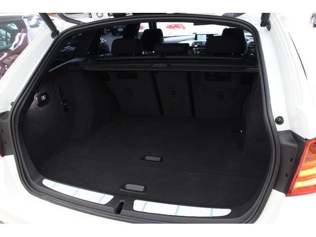 定員乗車時のラゲッジ容量495L、後席背もたれを倒せば1,500Lになります。(VDA方式)