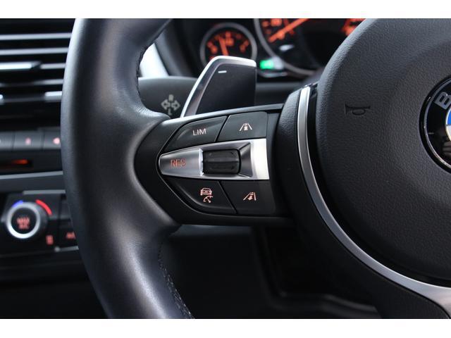 ACC/アクティブ・ クルーズ・コントロール(ストップ&ゴー機能付)が装備されているので、前方車両との車間距離を維持しながら自動で加減速してくれます。