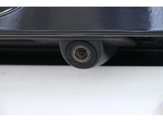 駐車時や、後退時の後方確認をサポートする「リアカメラ」が装備。暗い場所でも 高感度で確認ができ、安心・安全です!