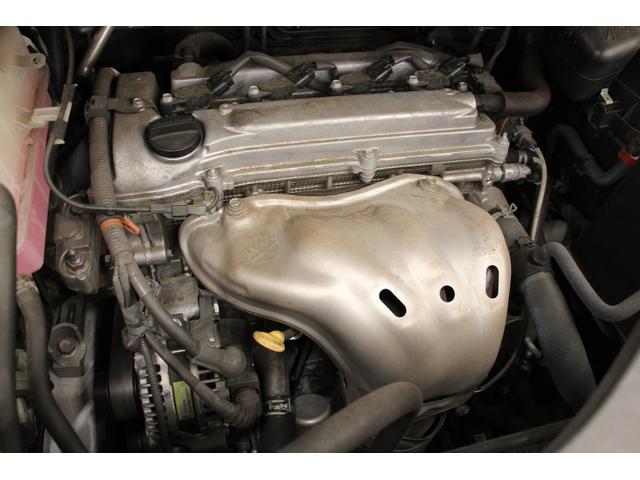 エンジンは2.4L 直列4気筒DOHC 170psと力強いエンジンです。
