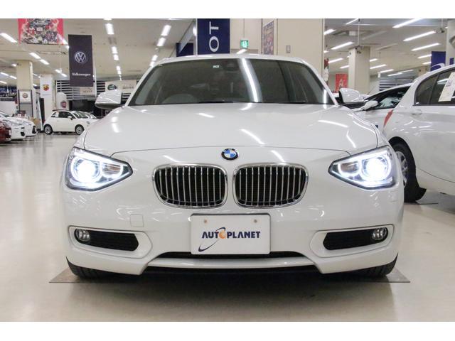 コンパクトなボディに詰まった「BMW1シリーズ」の魅力を、より身近に感じられるモデルの「116i STYLE」 専用のエクステリア、インテリアパーツなどを採用しております。