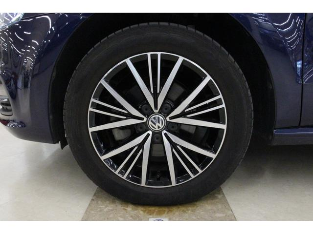 タイヤサイズは、フロント・リア共に185/60R15