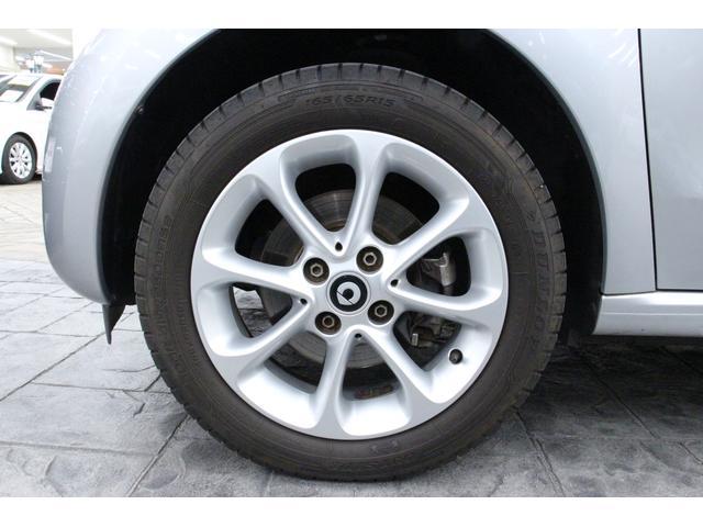 パッション 1オーナー 禁煙車 シートH アルミ クリアランスソナー アイドリングストップ 衝突警告音 クルコン ハンズフリー通話 USBポート AUXIN 12V電源 オートライト オートワイパー(11枚目)