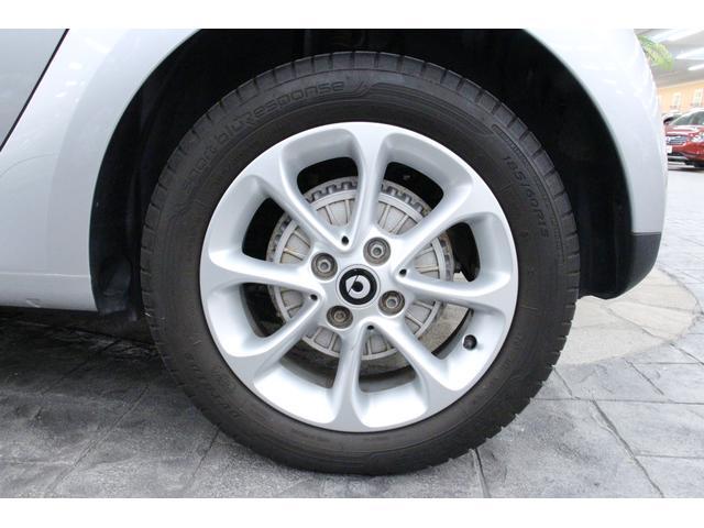 パッション 1オーナー 禁煙車 シートH アルミ クリアランスソナー アイドリングストップ 衝突警告音 クルコン ハンズフリー通話 USBポート AUXIN 12V電源 オートライト オートワイパー(12枚目)