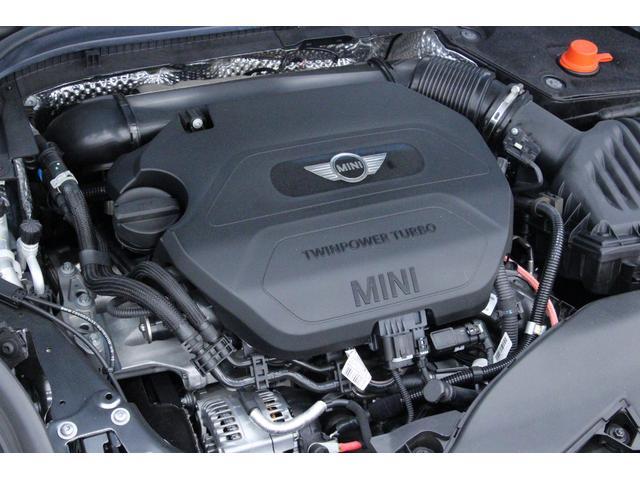 クーパーD ペッパーPKG/禁煙車/HDDナビ/ETC/LEDヘッドライト/スマートキー/アルミ/ヘッドアップディスプレイ/アイドリングストップ/ハンズフリー通話/Bluetoothオーディオ/5ドア/軽油(20枚目)