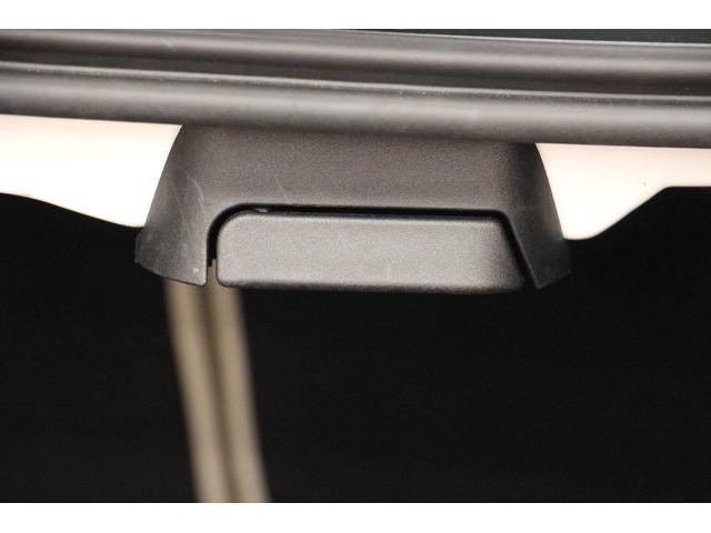 E250クーペ AMGスポーツP/1オーナー/禁煙車/レーダーセーフティ/HDDナビTV/2トーン革S/シートH/Pシート/全周囲カメラ/LEDヘッドライト/キーレスゴー/ETC2.0/Bluetoothオーディオ(22枚目)