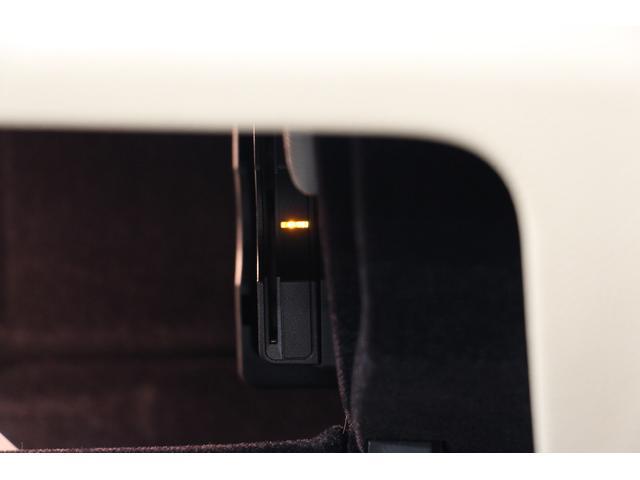E250クーペ AMGスポーツP/1オーナー/禁煙車/レーダーセーフティ/HDDナビTV/2トーン革S/シートH/Pシート/全周囲カメラ/LEDヘッドライト/キーレスゴー/ETC2.0/Bluetoothオーディオ(53枚目)
