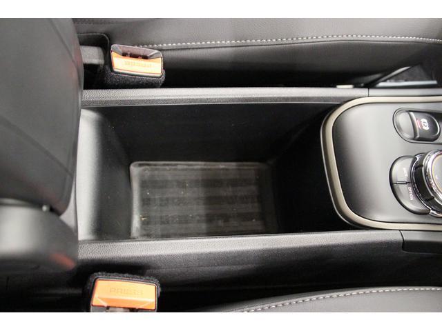 クロスオーバー ノーフォークエディション 禁煙車/300台限定車/ACC/専用ボンネットストライプ/専用ネームバッジ/アディショナルLEDヘッドランプ/ピクニックベンチセパレーションネット/アダプティブLEDヘッドライト/リアビューカメラ(57枚目)