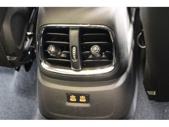 クロスオーバー ノーフォークエディション 禁煙車/300台限定車/ACC/専用ボンネットストライプ/専用ネームバッジ/アディショナルLEDヘッドランプ/ピクニックベンチセパレーションネット/アダプティブLEDヘッドライト/リアビューカメラ(60枚目)