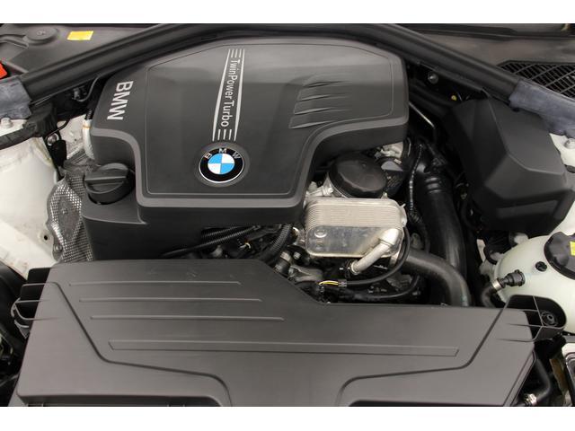 エンジンは前期型の2.0リッターガソリンターボエンジンです。