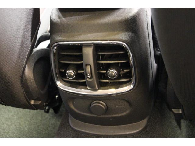 クーパー クラブマン 禁煙車/HDDナビ/Bカメラ/LEDヘッドライト/ミラーETC/Bluetoothオーディオ/ハンズフリー通話/USBポート/アイドリングストップ/クリアランスソナー/クルコン/オートライト(56枚目)