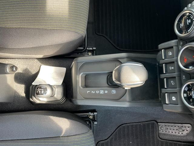 XL スマートキー 4WD シートヒーター フルフラット(11枚目)