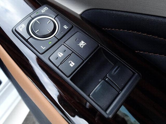RC300h バージョンL 禁煙車 プリクラッシュセーフティー 車線逸脱警報 ブラインドスポットモニタリングシステム クリアランスソナー クルーズコントロール パドルシフト ステアリングスイッチ フルセグTV バックカメラ(53枚目)
