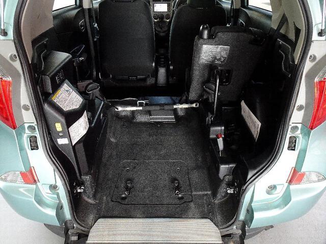 X 車いす仕様車スロープタイプタイプI助手席側リアシートなし 禁煙車 純正SDナビ ワンセグTV バックカメラ ステアリングスイッチ ヘッドライトレベライザー エンジンスターター 電動格納ミラー(62枚目)