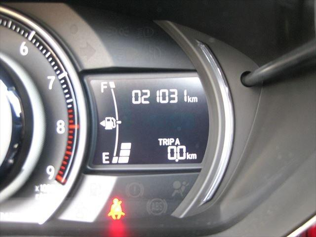 α F6速 センターディスプレイオーディオ バックモニター レザー調シートカバー ETC  バックモニター クルーズコントロール LEDヘッドライト ハーフレザーシート 革巻きサイドブレーキ(7枚目)