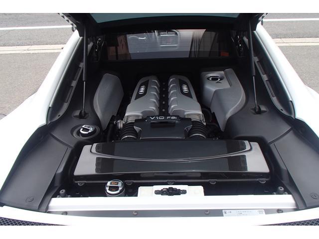 「アウディ」「アウディ R8」「クーペ」「愛知県」の中古車32