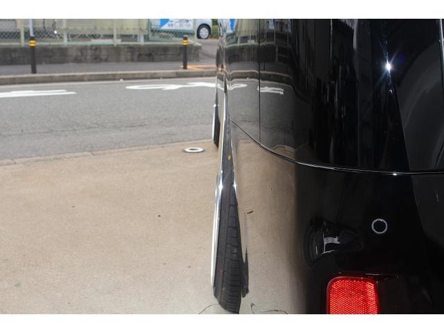 パーツカスタム総額費用¥2041200円、ものパーツが付き約670000円もおお買い得となっております!!どこから見てもかっこいいワンランク上のクオリティー車となります!