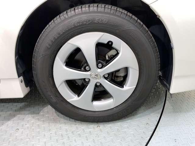 S 1年保証付き 禁煙車 純正Bluetoothナビ リアカメラ ETC DVDビデオ再生 HID フォグライト オートライト サイドカーテンエアバック スマートキー イモビライザー コーナーセンサー(19枚目)