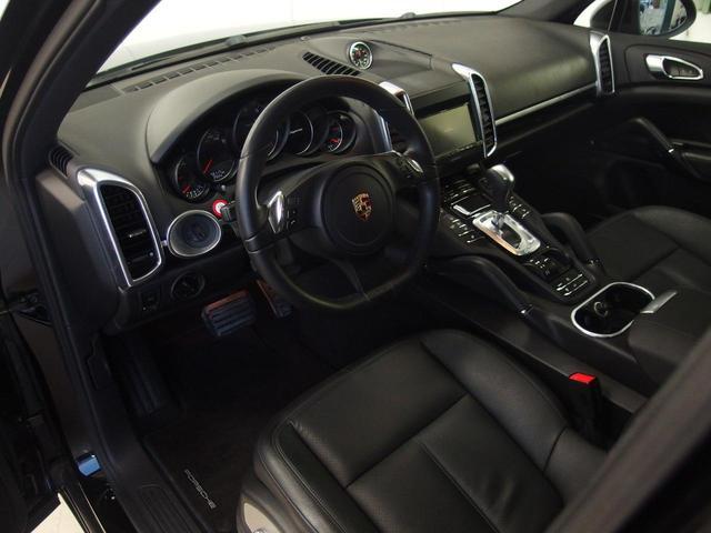 ベースグレード スポーツクロノ 社外22AW 左ハンドル 黒革シート 2012年モデル サンルーフ アルパインHDDナビ フルセグ アルパイン後席モニター シートヒーター(4枚目)