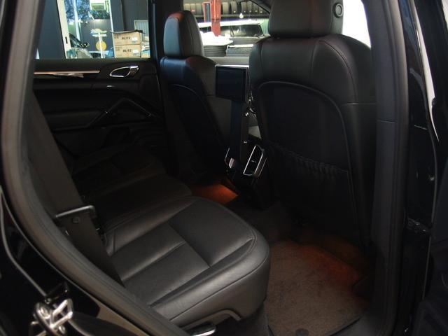 ベースグレード スポーツクロノ 社外22AW 左ハンドル 黒革シート 2012年モデル サンルーフ アルパインHDDナビ フルセグ アルパイン後席モニター シートヒーター(13枚目)